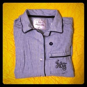 Abercrombie and Fitch Lounge Button-down